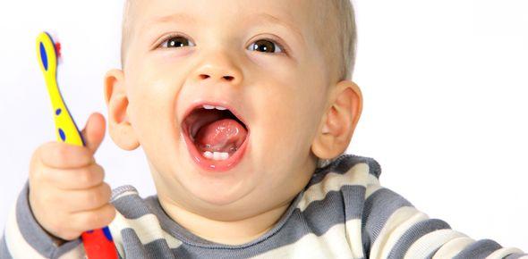 Rodzicu uważaj na próchnicę zębów mlecznych!